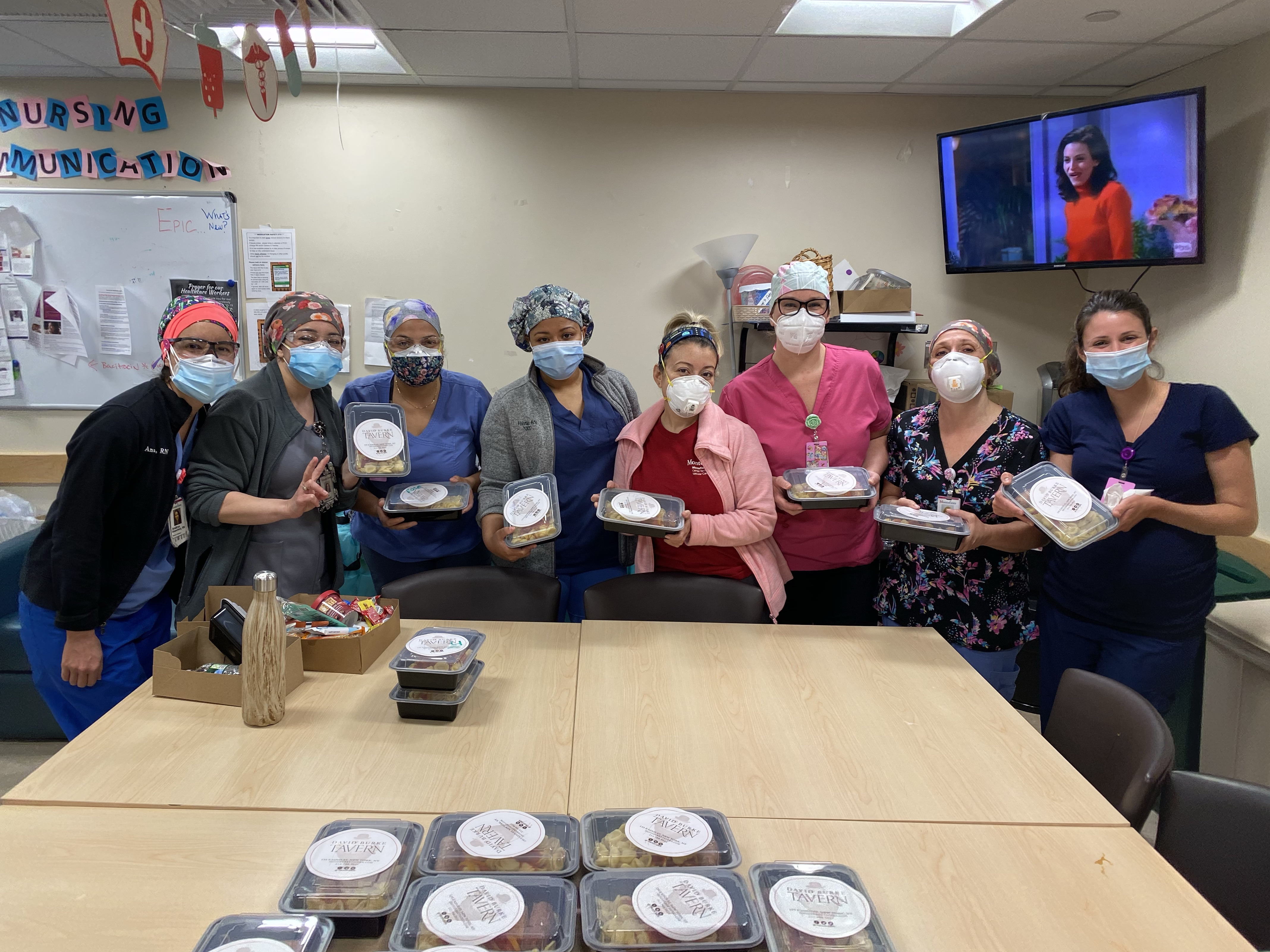 hospital staff thanking for meal delivery